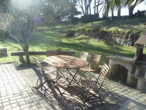 La terrasse avec barbecue
